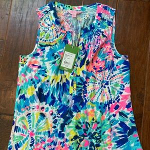 Lilly Pulitzer essie top Xs